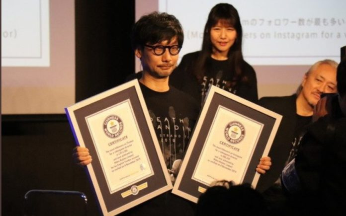 Hideo Kojima reçoit le record du monde Guinness du directeur de jeu le plus suivi sur Twitter et Instagram