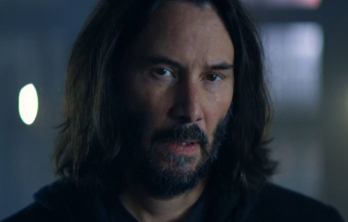 Keanu Reeves Hypes Up Cyberpunk 2077 dans le dernier teaser